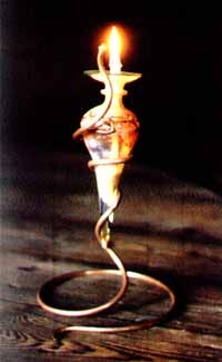 Miniamphora Standard; 12in/30cm height; design Kristine Filer, Glass by Ed Iglehart
